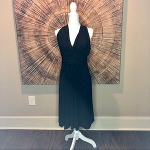 Jones Wear Black Halter Midi Dress